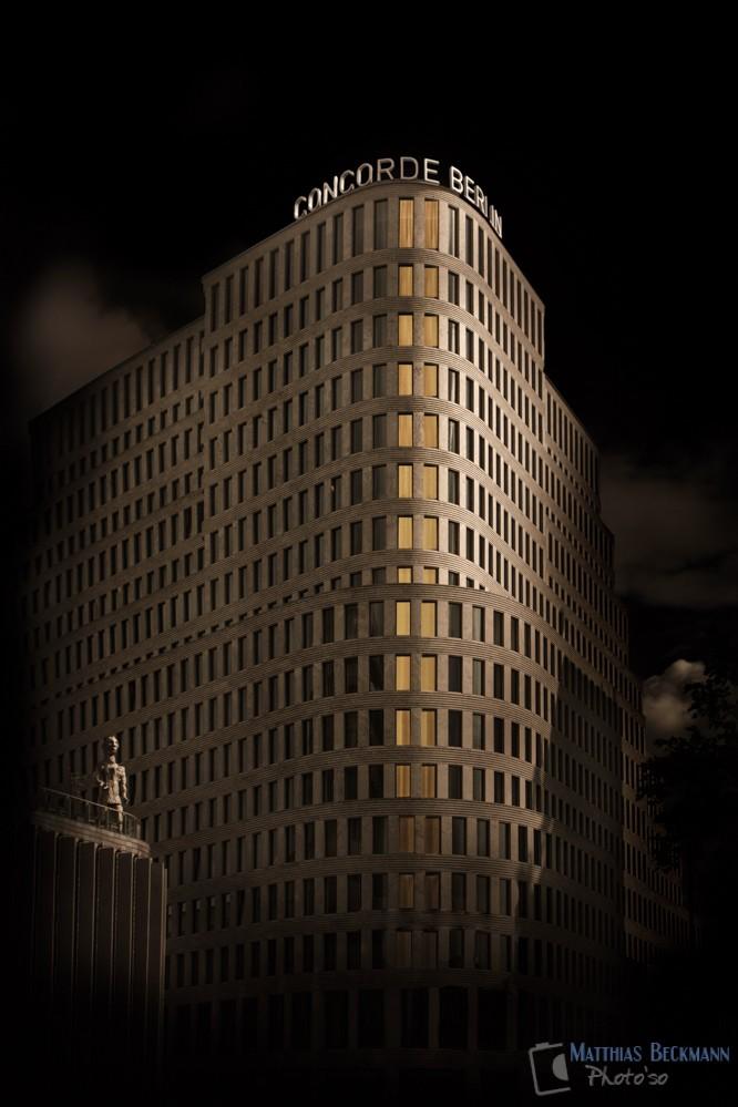 http://enfold.photoso.de/?portfolio=dark-night